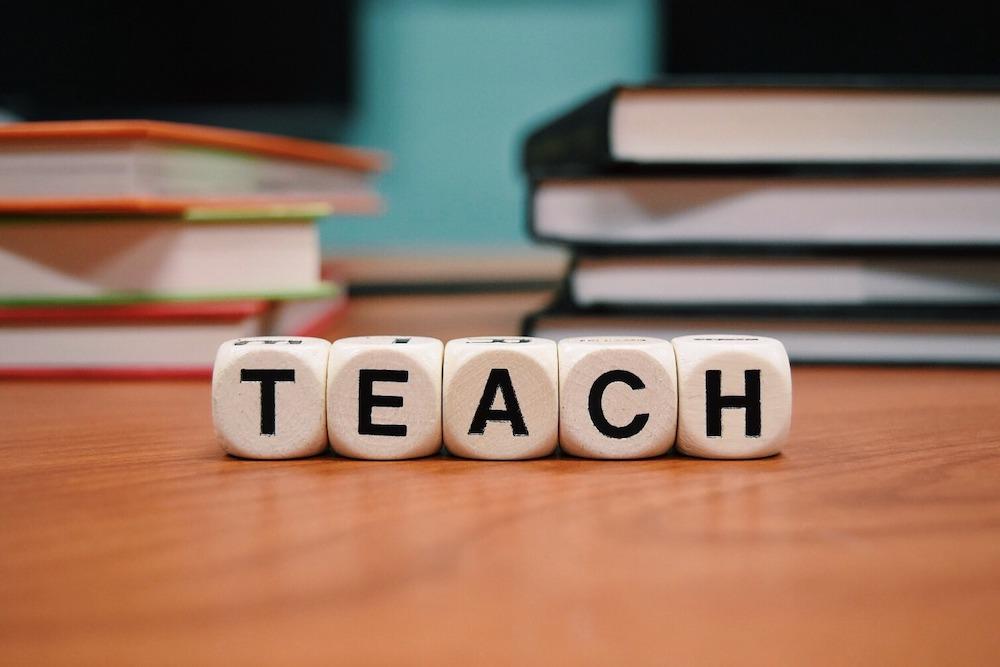 teach-ebbridilibri-associazione